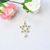 Elegant Star Earrings With Glass Beads