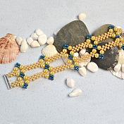 Elegant Bracelet with Glass Pearl Beads